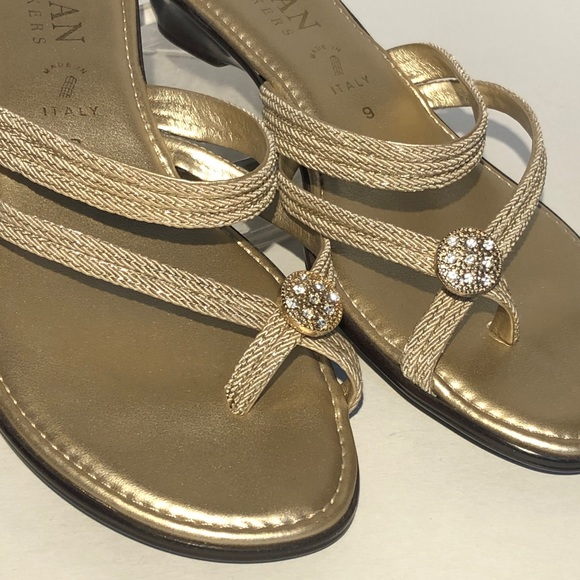 Details about  /ITALIAN SHOEMAKERS Gold Emnellished Metalic cute sandals